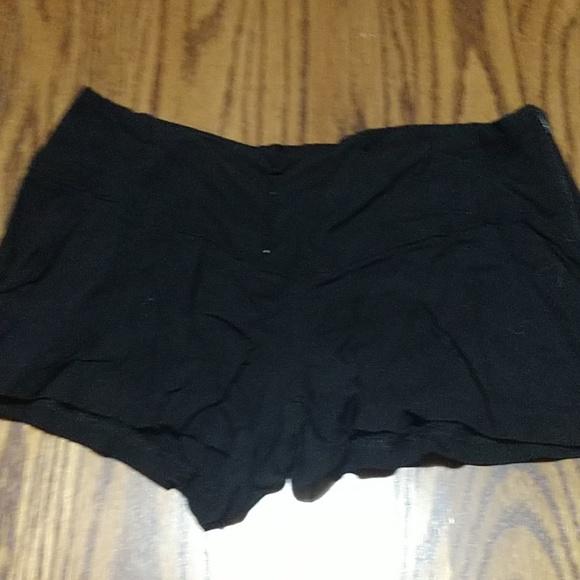 Wet Seal Pants - Wet seal black shorts
